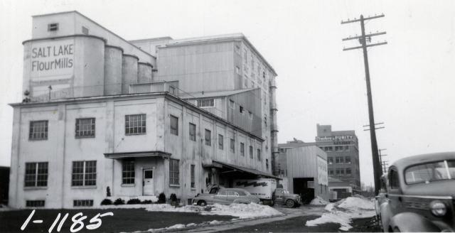 Now named Salt Lake Flour mill, 400 West 500 South, circa 1957.