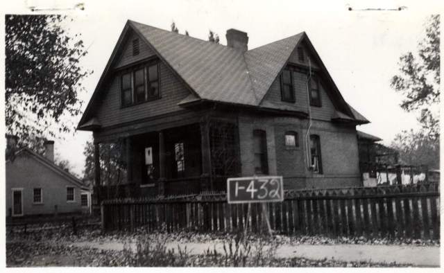 725 South 200 (now 300) West in 1936. House built circa 1900.