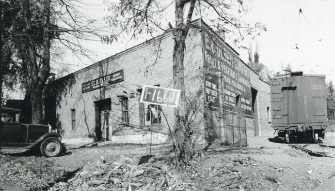 E.C. Olsen and Co. at 429 South 100 West. Photograph taken in 1937.